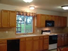 best color with oak kitchen cabinets kitchen best kitchen color ideas with oak cabinets