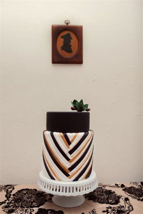 jaw dropping geometric cake designs   modern
