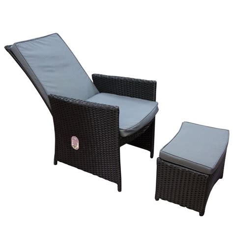 rattan reclining chair buy the christmas workshop rattan recliner and footstool