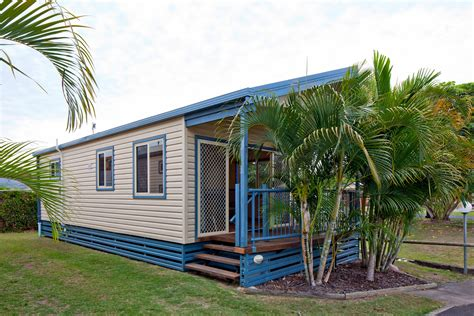 superior  bedroom spa cabin sleeps  fraser street