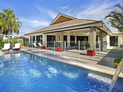 holiday appartments holiday accommodation specialists on bribie island