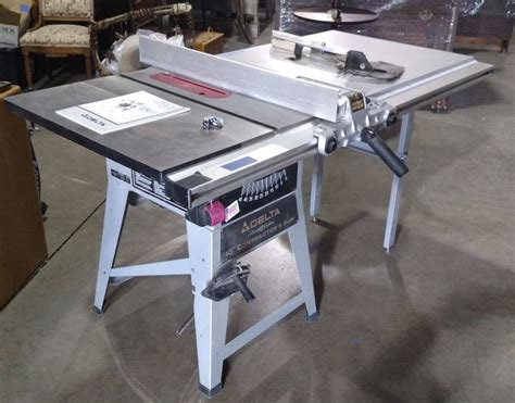 contractor table saw fence upgrade delta 10 quot contractor table saw