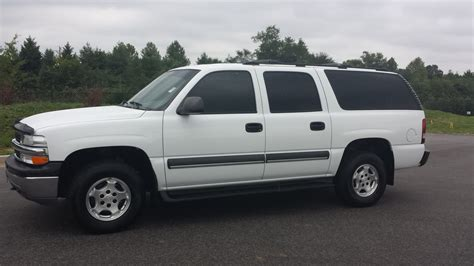 9 seat suburban for sale 28 images purchase used 2010