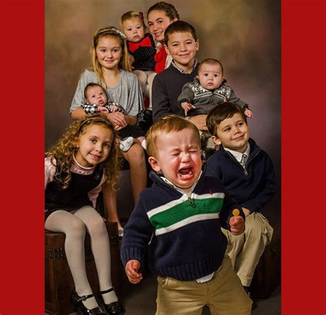 Strange Family Photo by 20 Family Photos That Went Wrong Page 4 Funtality