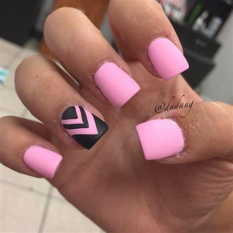 beautiful pink  black nail designs