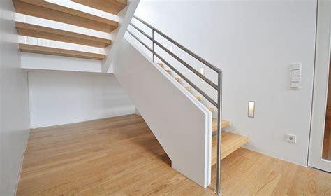 holztreppen geländer treppe glasgel 228 nder dekor