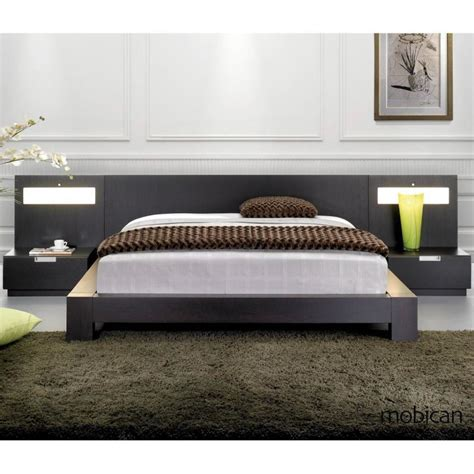 Platform Beds With Headboard Bedroom Inspiring Brown Rug And Grey Sheet Platform Bed With Black Wooden Headboard