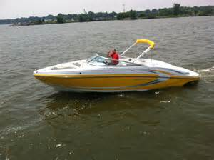 boat brokers harrison township mi 2016 rinker 246 captiva bowrider power boat for sale www