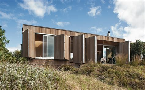 coromandel bach beach home whangapoua beach house coromandel crosson architects