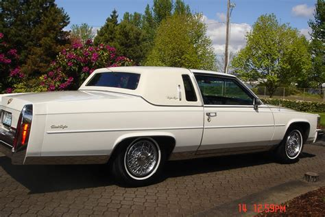 1985 cadillac coupe 1985 cadillac fleetwood brougham de elegance coupe