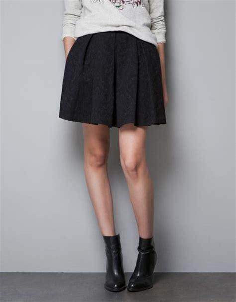 zara box pleat skirt in black lyst