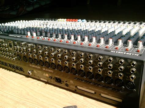 Mixer Allen Heath Gl2400 24 allen heath gl2400 24 image 699016 audiofanzine