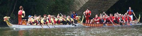 dragon boat racing for beginners dragon boating warwick boat hire