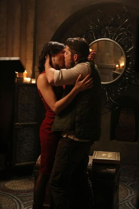 queen film kissing scene once upon a time the snow queen season 4 episode 7 tv