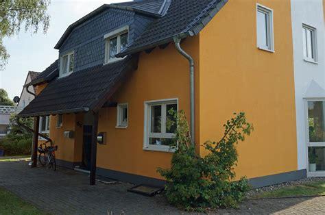Dachuntersicht Streichen Welche Farbe by Eigene Referenzarbeiten F 252 R Fassade Streichen Verputzen