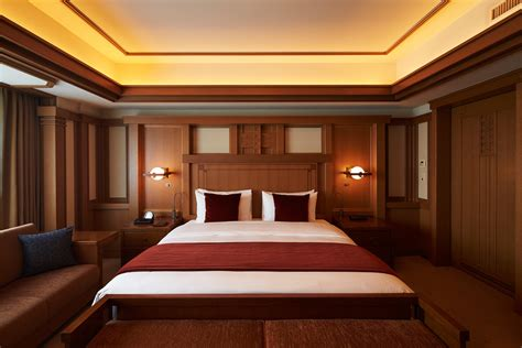 lloyds bedrooms frank lloyd wright in japan cool hunting