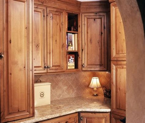 Kitchen Cabinets Knotty Alder by Knotty Alder Kitchen Cabinets