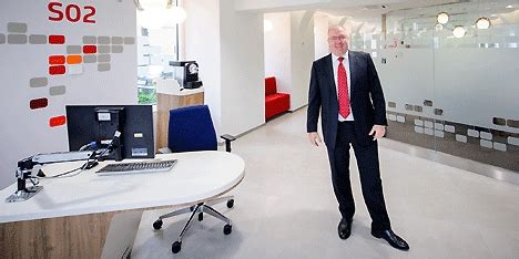 bank austria vorstand bank austria verpasst filialen quot smartes quot gesicht