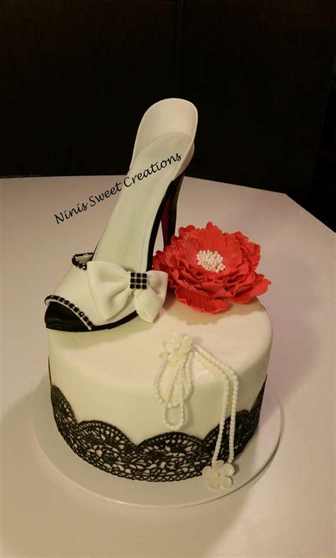 cakes shoes gumpaste shoe fondant shoe cake black and white edible