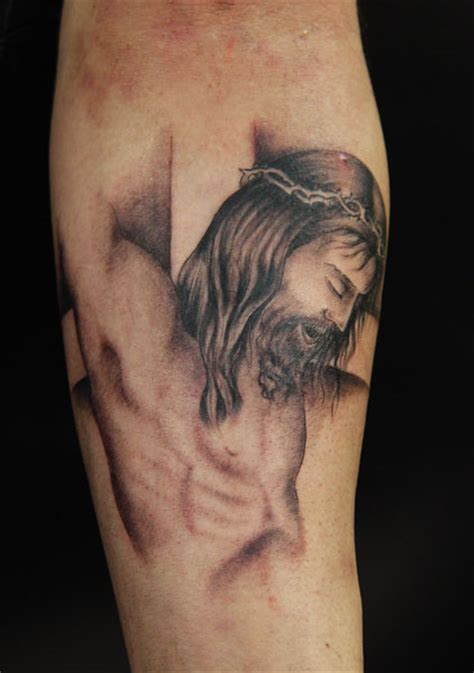 cristo tattoo pin tatuaggio fiori ciliegio pictures on