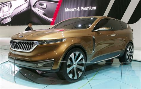 275 17 Tt Sb111 X Cross kia cross gt concept live images from seoul 2013