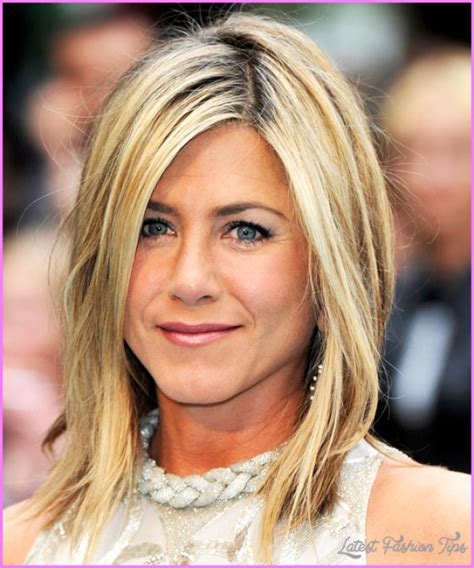 Hairstyles For 45 by Hairstyles For 45 Latestfashiontips
