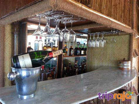 boat house drinks over night stay houseboat tour package goa backwater