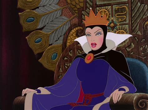 la sorciere dans les la reine grimhilde la sorci 232 re personnage dans blanche neige et les sept nains disney planet