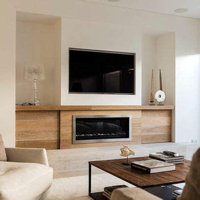 tv su camino come installare un caminetto insieme ad un televisore