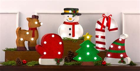 Home Accents Christmas Decorations by Christmas Home Decor Indoor Christmas Decorations For