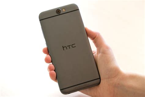 mobile htc 1 htc goes from bad to worse with dreadful third quarter