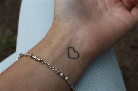 foto tattoo angka romawi tatuaggi piccoli foto 15 35 gaytv