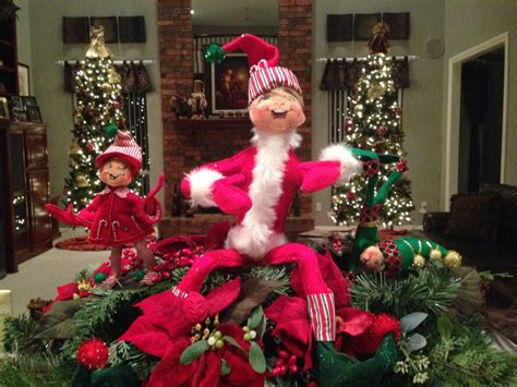 Decorating Elves by Pin By Sohora On Annalee Elves