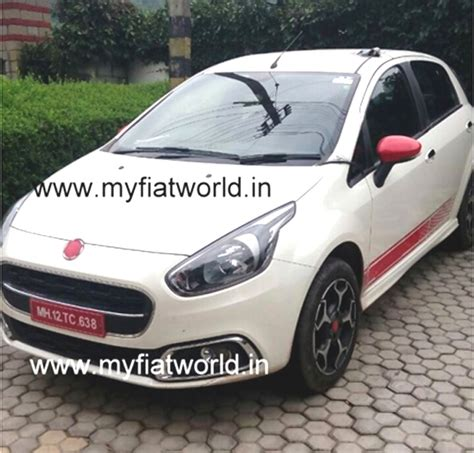 Fiat Punto Evo Abarth, Avventura Abarth spied in India