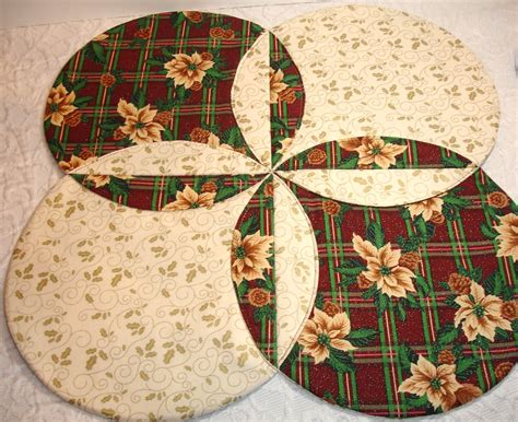 christmas table topper runner quilt modern plaid red green
