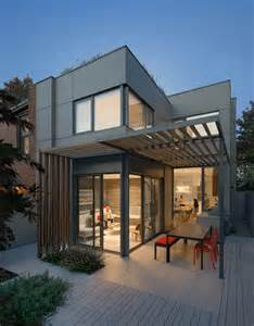 optimizing living spaces bright and inviting quot through house quot in toronto freshome com