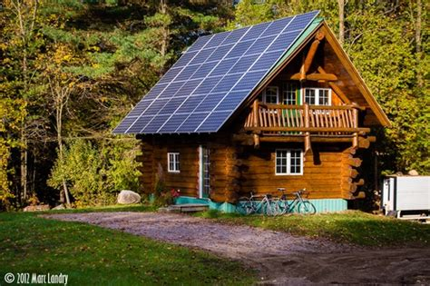Solar Panels For Cabin by Log Cabin W Solar Panels Woods