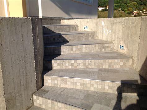 piastrelle per scale esterne brenpav pavimenti rivestimenti parquet mosaico piastrelle