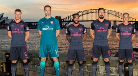 New Jersey Arsenal Away 20172018 grey black pink arsenal third jersey 2017 2018