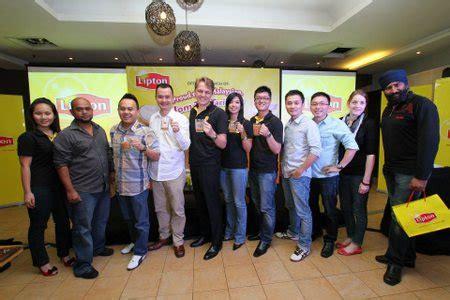 Teh Lipton Di Malaysia lipton lancarkan kempen jom teh tariklah sensasi selebriti