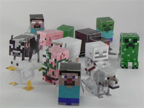 Minecraft Papercraft Figures - cut and fold minecraft figures