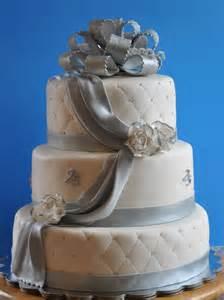 25th anniversary cake edible roses fondant cake designer cake with silver roses