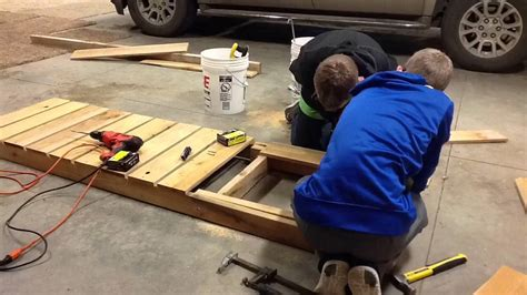 How To Build A Lounge Chair by How To Build A Lounge Chair Doovi