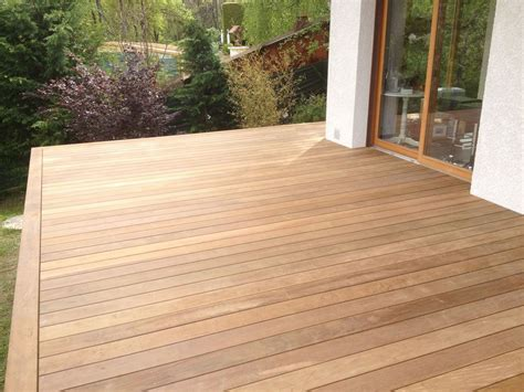 terrasse en bois exotique terrasse en bois exotique ip sur pilotis et escalier