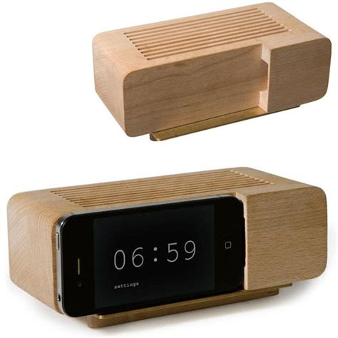 Stand Iphone Woods Vintage retro beech wood iphone alarm clock dock