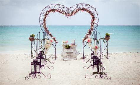 Decorating Books Vintage Beach Wedding In Punta Cana Weddings In Dr