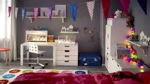 mon bureau dans la chambre