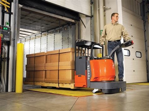 Pallet Truck Cw Ii Series 15 electric pallet truck safety tips toyota lift equipment
