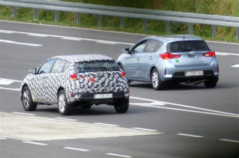 2015 Toyota Auris Suv