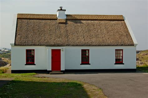 Thatched Cottage Donegal by File Cruit Island 1 Of 10 Donegal Thatched Roof Cottages